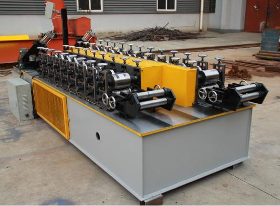 Furring channel shaping machine )