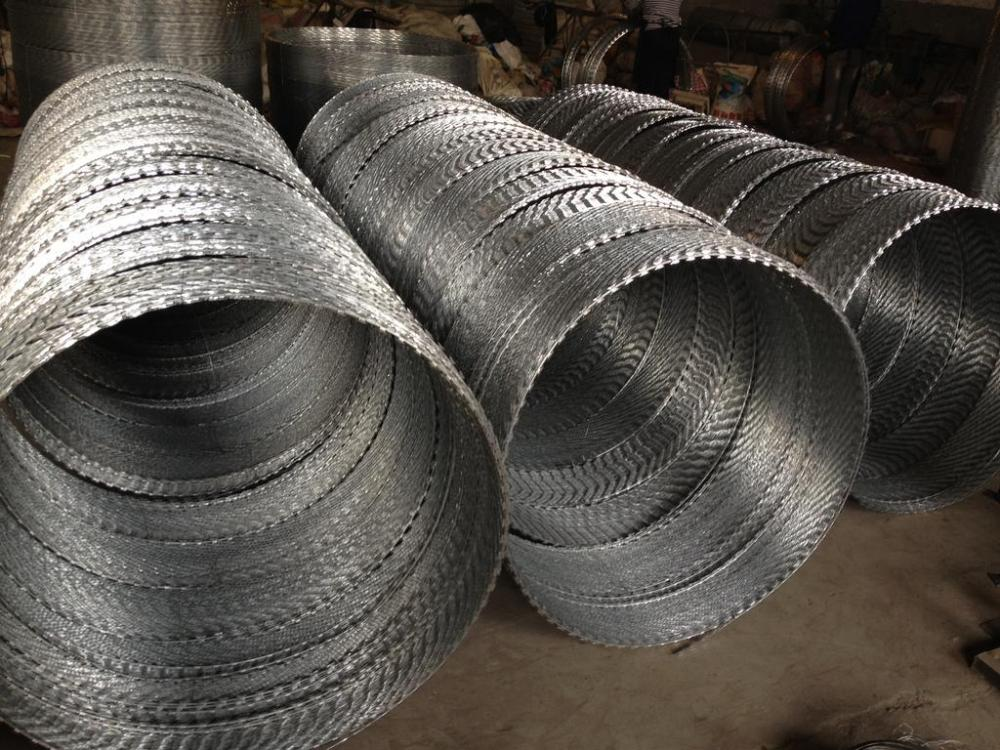 High Quality Hot galvanized Razor Barbed Wire Concertina