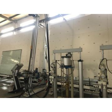 Insulating glass silicone spreading machine