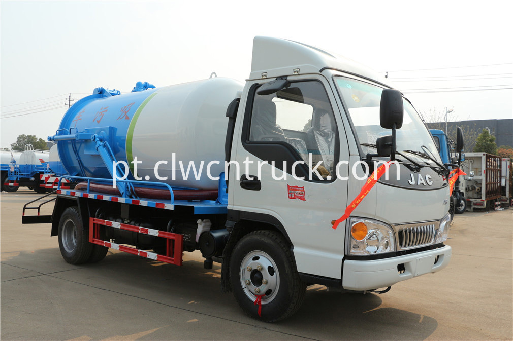 jac sewer cleaning truck 1