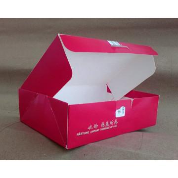 Customized airline food boxes