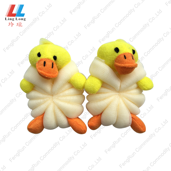 Duck style with mesh bathing ball