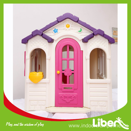 Kids playhouse plastic indoor