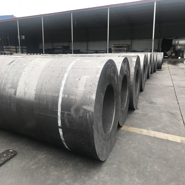 RP 600 650 700 Length 2700mm Carbon Electrodes