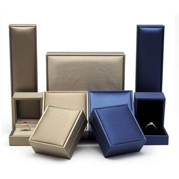 Customized luxury leatherette jewelry gift box