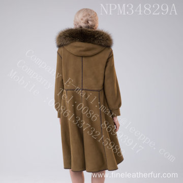 Winter Shearling Overcoat With Motif Lady