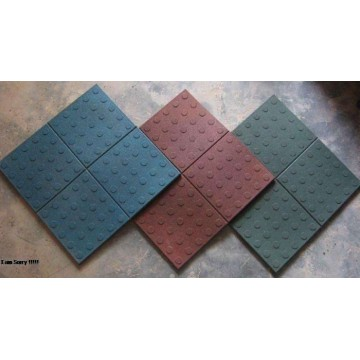Robust and Sound Absorbent Rubber Gym Flooring