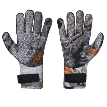 Seaskin 3mm Neoprene Scuba Dive Camo Gloves