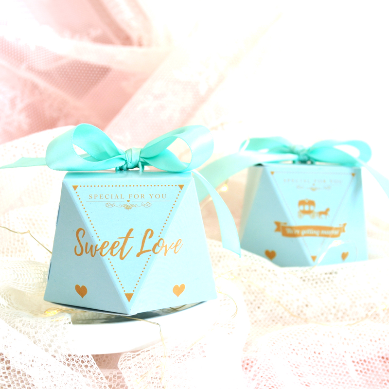 Diamond shape paper candy box