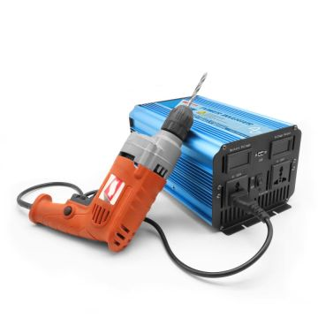 800W High Efficiency Pure Sine Wave Car Inverter