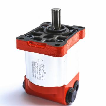 Agricultural harvester external gear pump