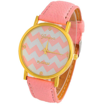Pretty Classic Women Quartz Watch