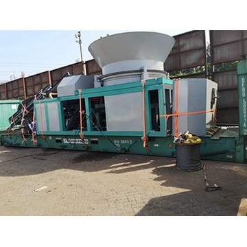 Advanced structure wood crusher /wood chipper