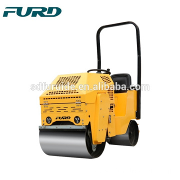 FYL-860 Small Vibrating Compactor Double Drum Road Roller Small Vibrating Compactor Double Drum Road Roller FYL-860