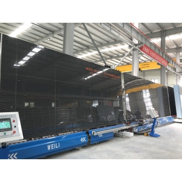 Automatic sealing robot for double glazing glass making machine