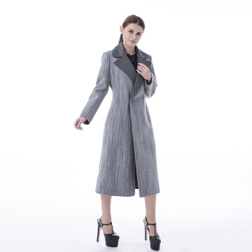 Haze grey cashmere coat with large collar