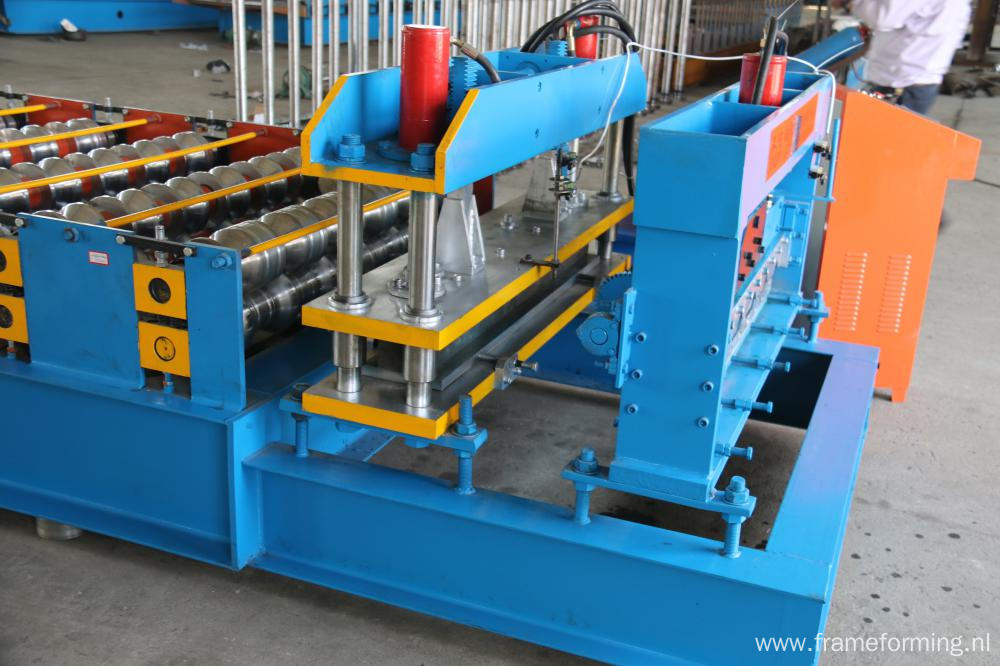 Colored Steel Galvanized Trapezoidal Roof Tile Roll Forming Machine