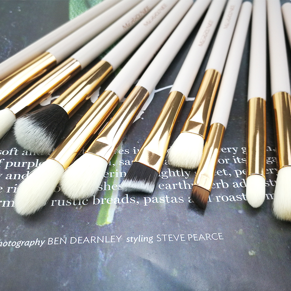 Small Makeup Brush Set