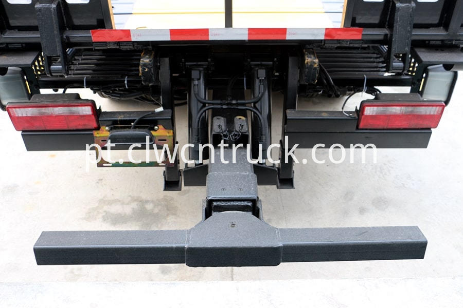 Flatbed Towing vehicle details 3