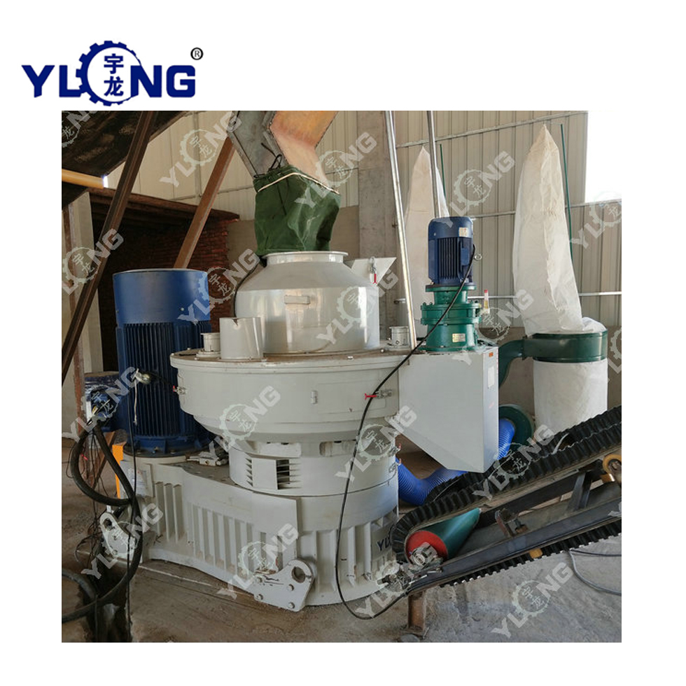 Wood Sawdust Pellet Molding Machine