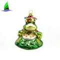 glass Christmas tree ornament hanging frog queen