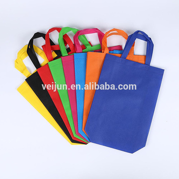 China Manufacturer Non-woven Fabric Roll  For Bags Mask