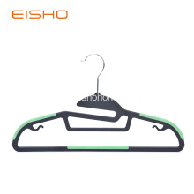Non-Slip Plastic Hangers With Rubber Pieces