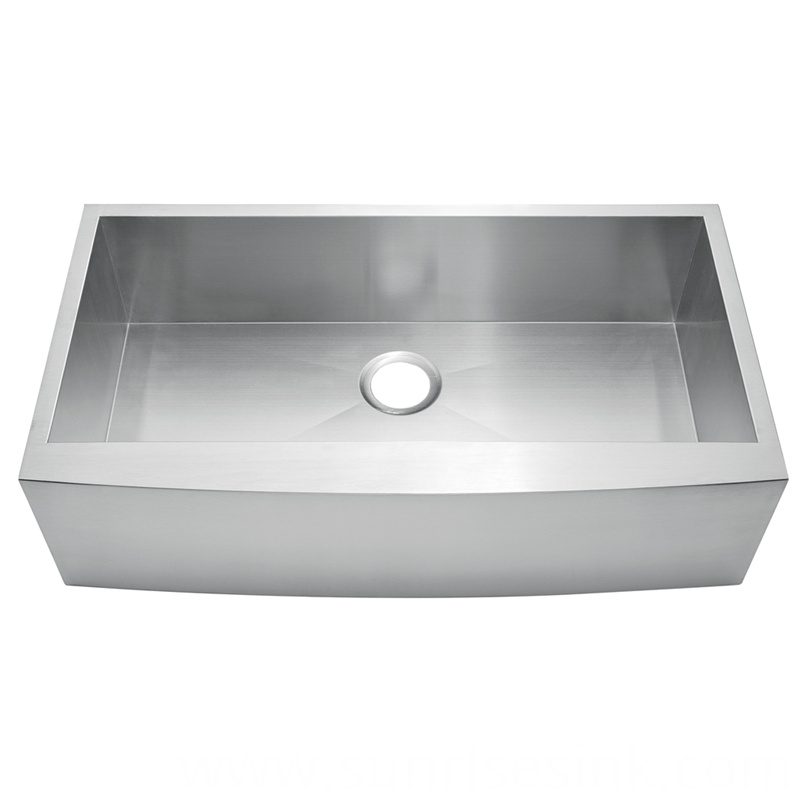 Farmhouse Apron Front Sink