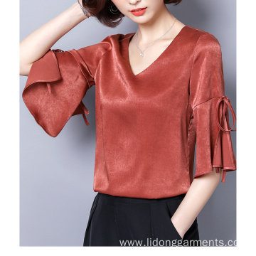 Fashion Cutting V-neck Solid Color Silk Sweet Top