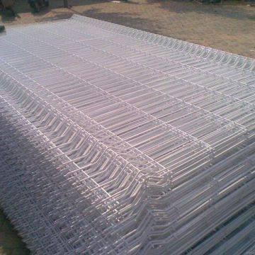 PVC Coated and Galvanized Welded Wire Mesh Fence