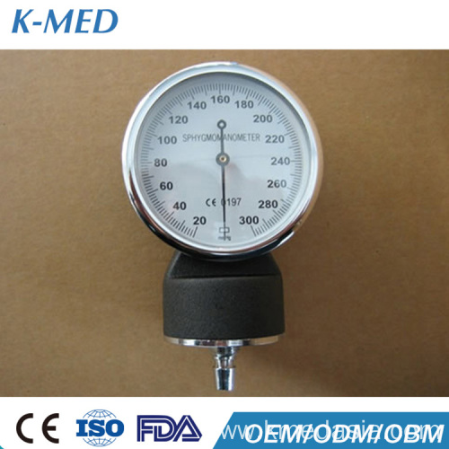 neonatal aneroid blood pressure monitoring device