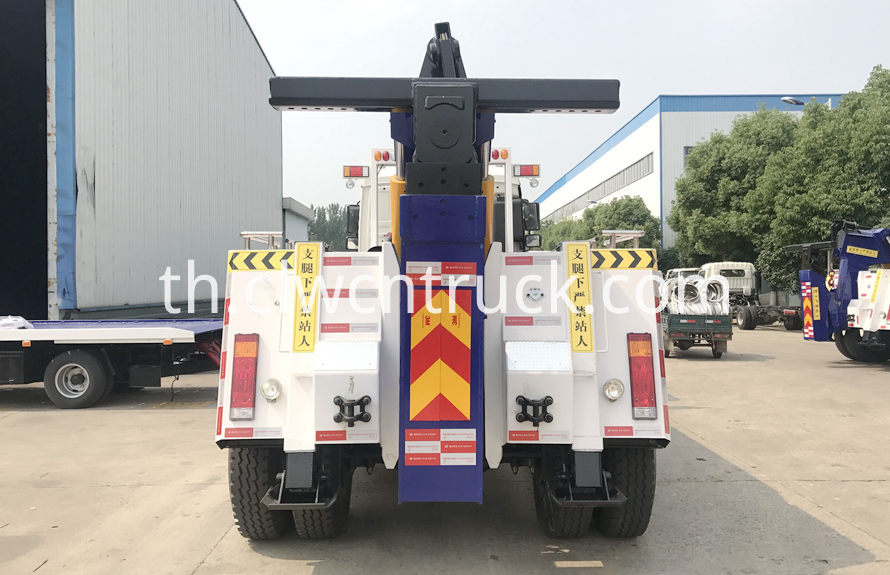 construction site towing vehicles 4