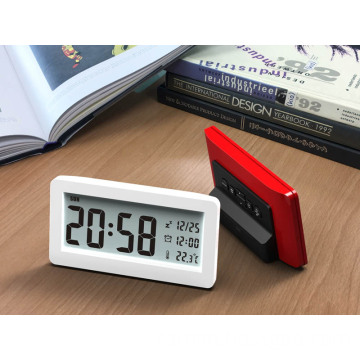 Simple and fashionable alarm clock