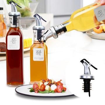 Olive Oil Sprayer Liquor Dispenser Wine Pourers Flip Top Stopper Kitchen Tools Oil Bottle Leakproof
