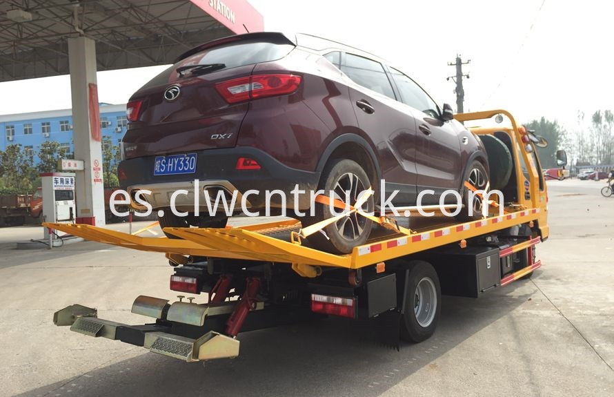wheel lift towing vehicles 2