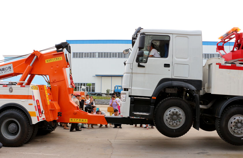 heavy duty recovery trucks 6