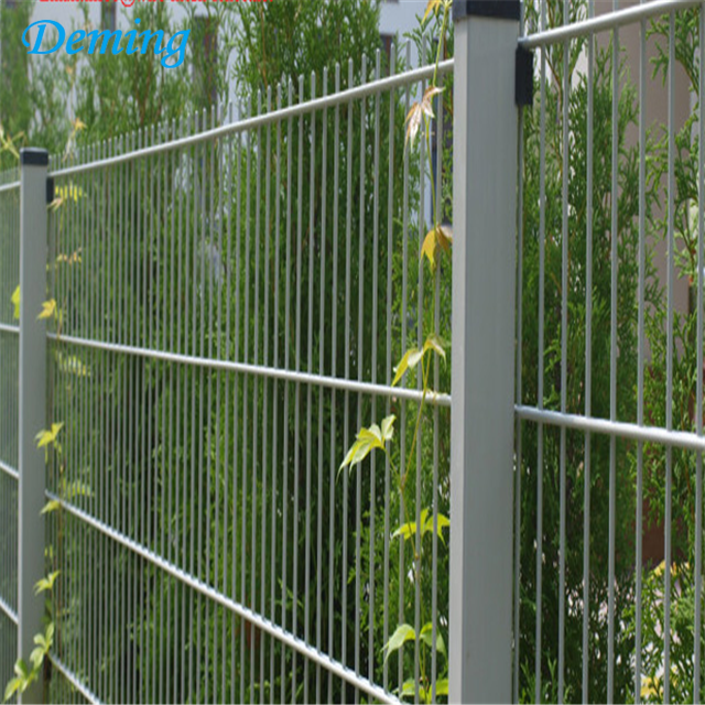 Green PVC Coated Twin Bar Weld Wire Mesh Fence
