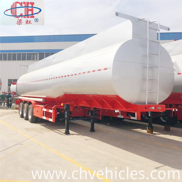 3Axle Oil Tanker (4)