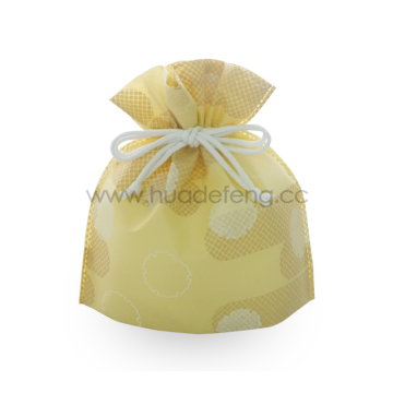 Non-woven Yellow dots Pattern Japan Style Drawstring Bag