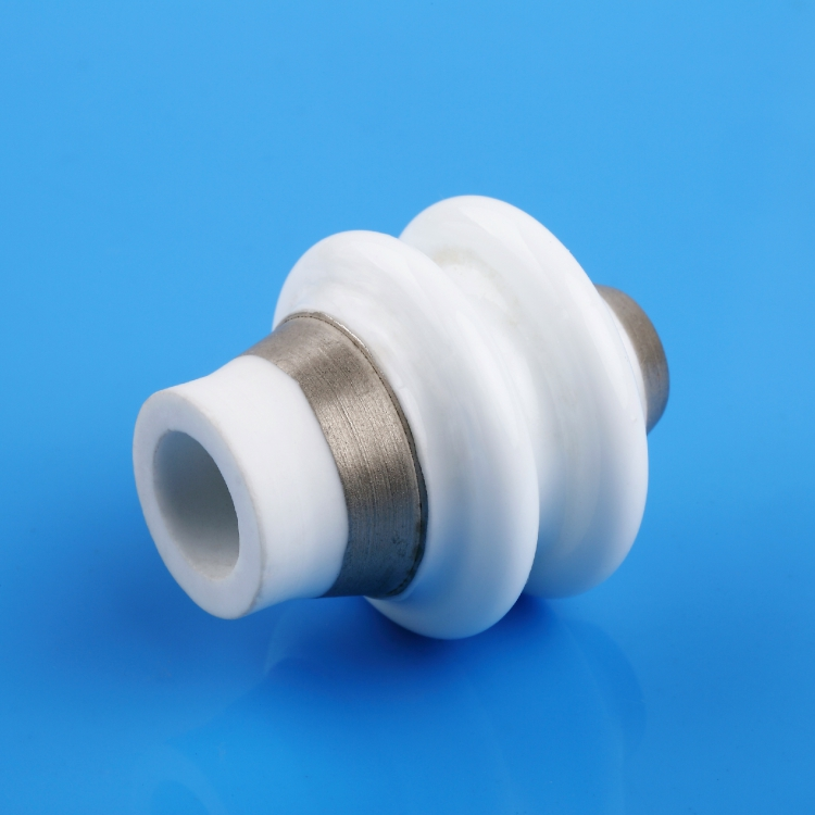 Metalized ceramic insulator