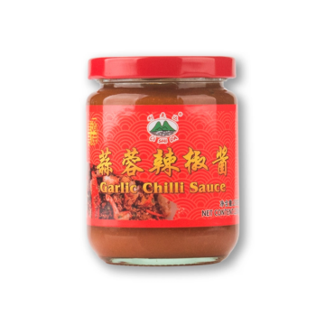 Garlic chili sauce is used to make pasta