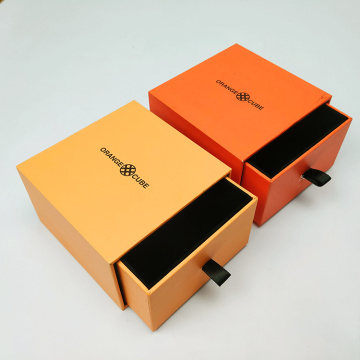 Синфҳои болоӣ Дорандаи Sliding Sliding Cardboard Packable Gift Box Box