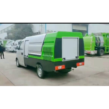 Professional small high-pressure cleaning truck