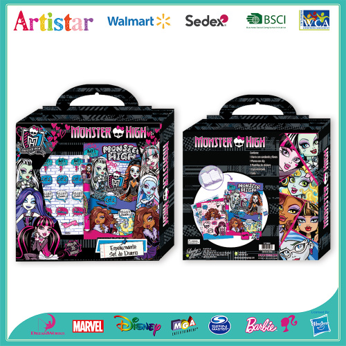MONSTER HIGH coloring carry art set