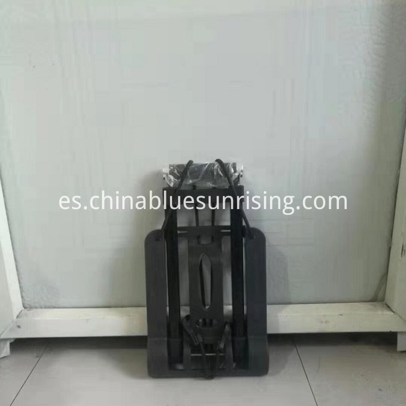 Manual folding hand trolley