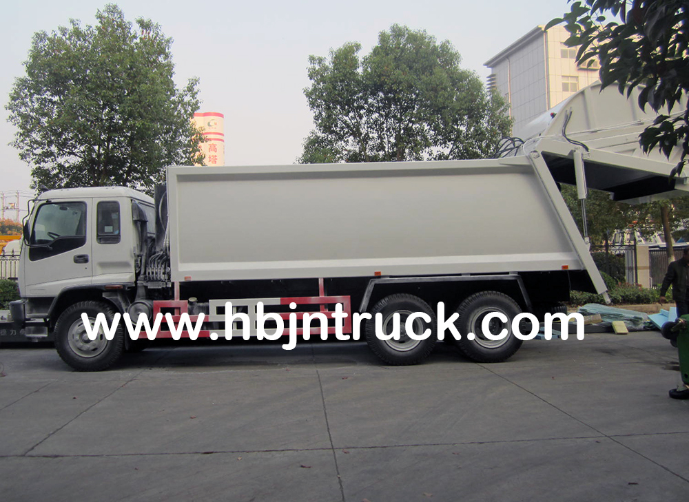 Isuzu waste collection truck
