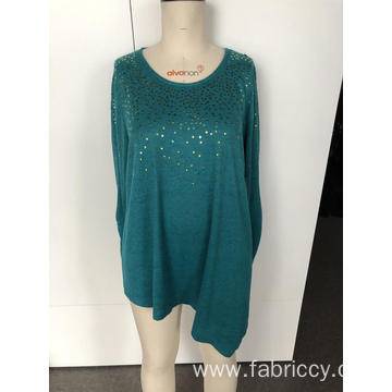 Emeralds with irregular long sleeves