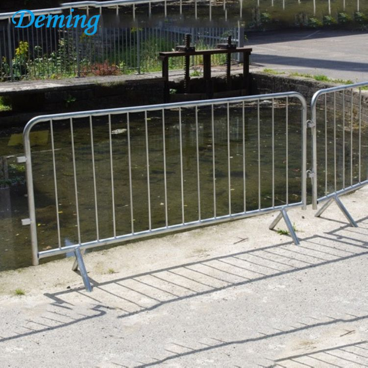 Safety Removable Pedestrian Crowd Control Barrier for Sale