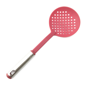 Nylon strainer with stainless steel handle