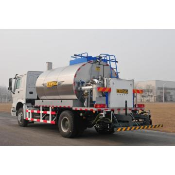 Roads New model Road Maintenance Asphalt Distributor Trucks